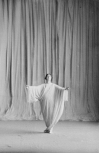 Isadora Duncan, Photo by Arnold Genthe.